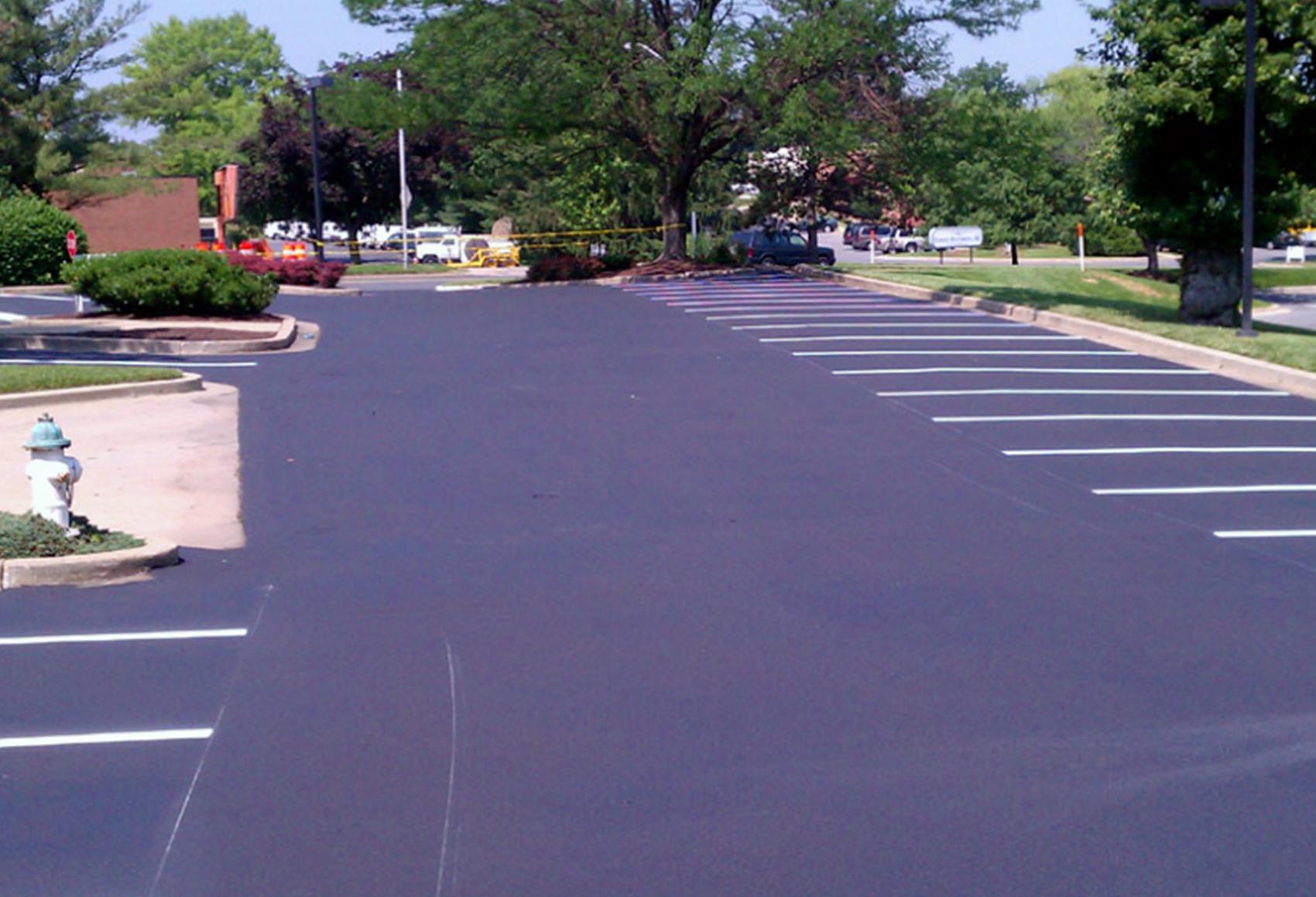 Parking-Lot-Striping-01